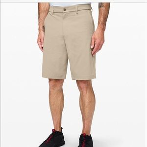 Men's Lululemon lightweight short